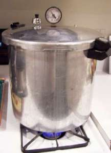 Pressure canner for canning meat