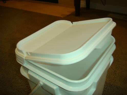 Camping Toilet Gamma : Square buckets preparedness pro