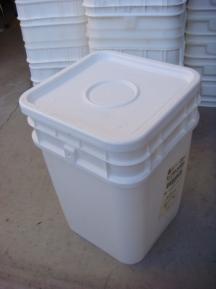 4-gallon-bucket